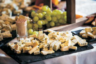 Best of British Artisan Cheese & International Wines
